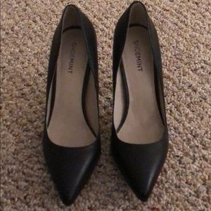 ShoeMint Black Pumps.